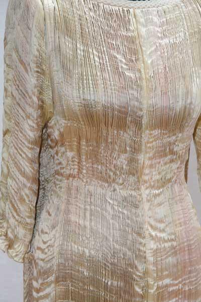 Oscar Wedding Dress Detail