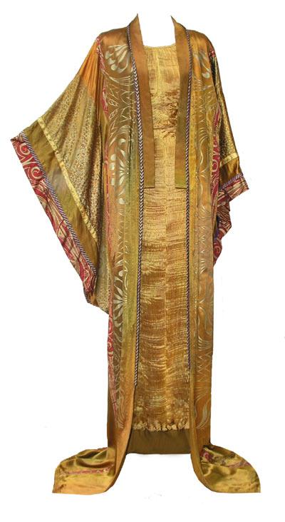 Dramatic Kimono Costume-4398